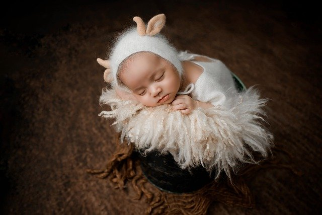 What Baby Clothing Sizes Are Right For Your Newborn